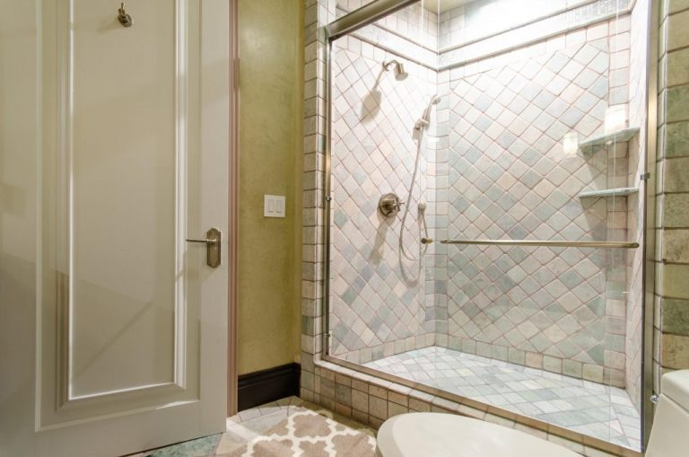 Bathroom-5-Pool-Floor-02-1024x678