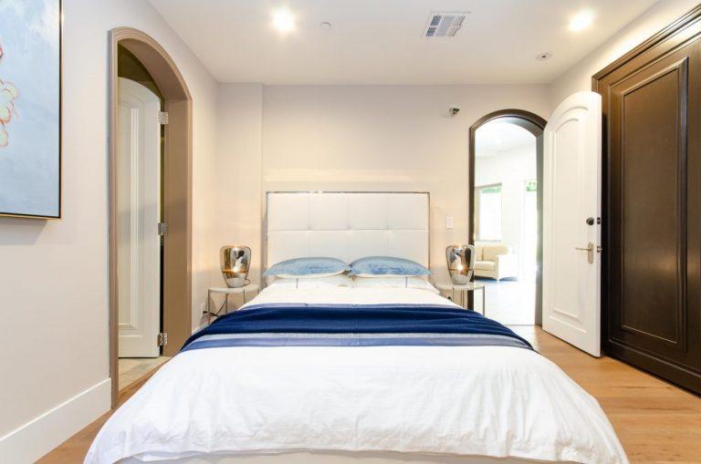 Bedroom-5-Pool-Floor-03-1024x678