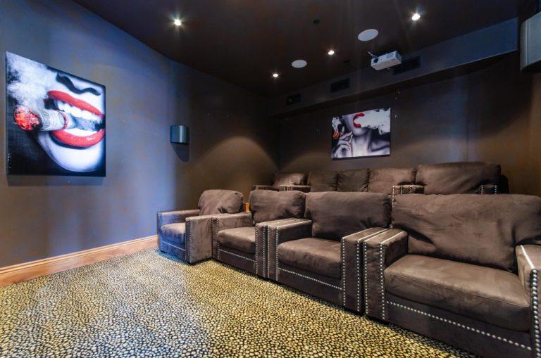 movie-theater-01-1024x678
