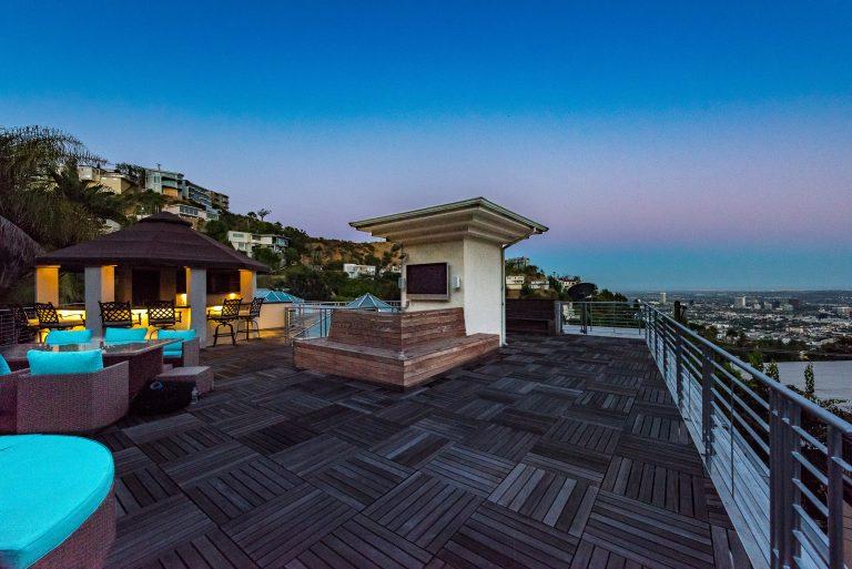 110 Roof Deck